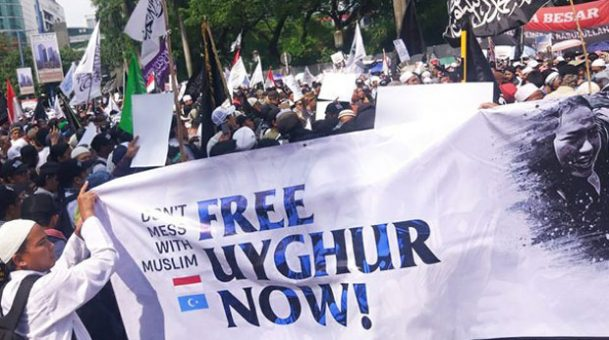 Thousands Rally in Indonesia to Protest China's Crackdown on Uyghur Muslims